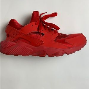 Nike Huaraches All Red
